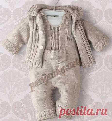 Комплект для новорожденного  Пуловер с капюшоном   Размеры: a) новорожденный – b) 3 мес. – c) 6 мес. – d) 12 мес. – e) 18/24 мес. Показать полностью…