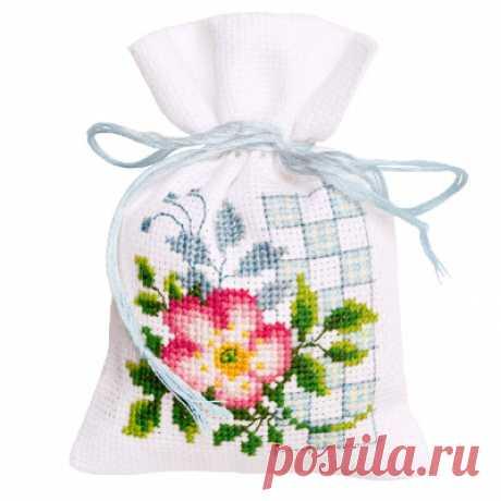 Наборы для вышивания (сумки, клатчи, мелочи для дома)
