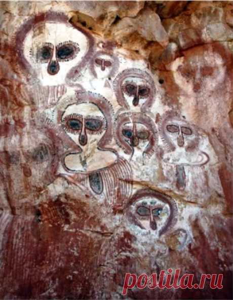 UFOs and Aliens in Ancient Art   The Ghost Diaries