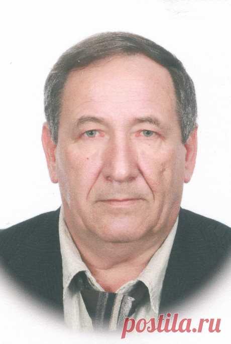 Анатолий Стручков