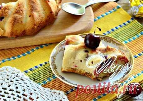 Кекс с вишней  Мягкий ароматный кекс с вишней – вид домашней выпечки, способной собрать за чаепитием всю семью. Такое лакомство готовят из простых продуктов, имеющихся в холодильнике. Оно всегда получается вкусным,…