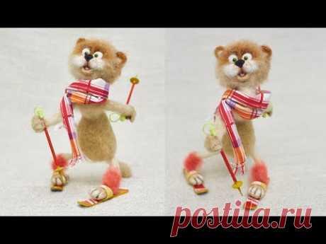 El Gato-esquiador deportivo. La clase maestra poshagovyy por la batanadura seca de la lana, para los principiantes.