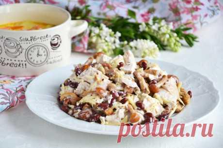 Салат курица с фасолью и грибами рецепт с фото пошагово и видео - 1000.menu