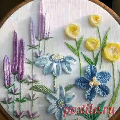 Как вышить красивый букет декоративными швами