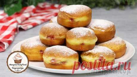 """Пончики """"Берлинеры"""" с клубничной начинкой (Берлинские пончики """"Pfannkuchen"""")"""