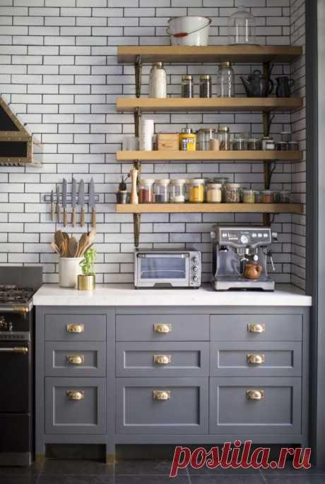 Полки на кухню: смарт-организация кухонного пространства и 75 решений, в которых все на своих местах