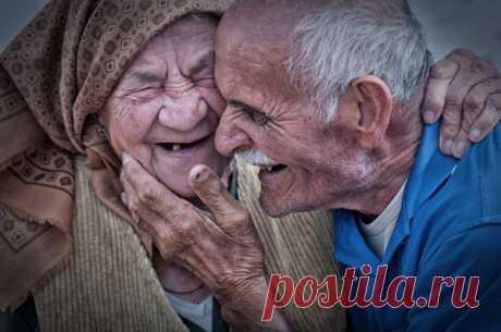 Стиль жизни: 15 искренних фото о любви, неподвластной времени