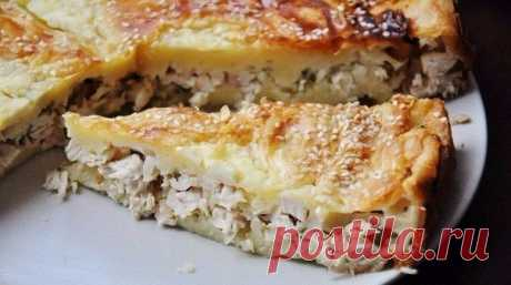 Fast pastries: Chicken idler. Easily and simply! It is possible to make such pie not only in an oven, but also in the crock-pot!