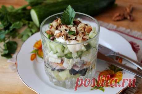 Салат с копченой курицей и черносливом рецепт с фото пошагово - 1000.menu