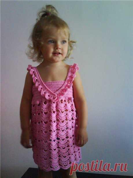 """Платье для девочки """"Розовые ракушки"""". Есть схема и описание."""