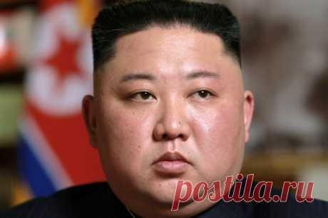 Ким Чен Ын заявил о возможности масштабного голода в КНДР Как в 90-е. В Северной Корее может начаться голод Лидер Северной Кореи Ким Чен Ын призвал граждан готовиться к тяжелым временам. На партийной конференции он сравнил нынешнюю ситуацию в стране с разруш...