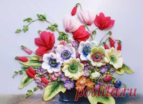 Цикламены,анемоны, первоцветы
