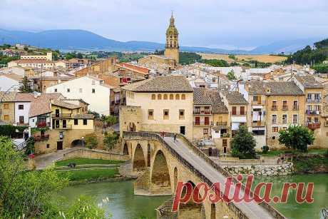Puente La Reina, Camino de Santiago, Navarre, Spain. | Flickr - Photo Sharing!