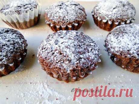 Кексы из шоколадных капель Тесто для кексов понемецкому рецепту французского торта «Царица Савская». Как использовать шоколадные капли. Простой рецепт сфото и расчетом калорийности.