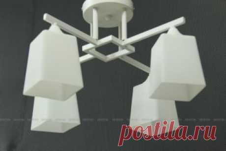 Люстра на 4 лампы в стиле Геометрический минимализм https://ensvet.ru/catalog/lyustry-v-stile-minimalizm