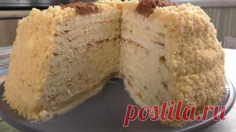 Подруга научила печь торт-сметанник на сковороде из трех ингредиентов. Никакого печенья, быстро и просто