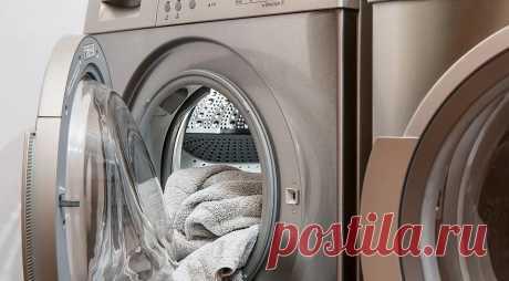 Стиральная машина скачет при отжиме: как это исправить  Если ваша стиральная машина перемещается по полу во время стирки или отжима, используйте наши советы, чтобы ее угомонить.