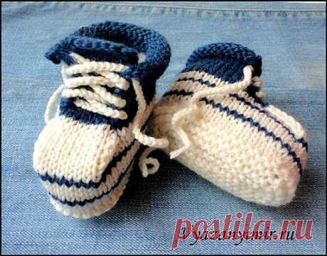 Пинетки-кеды спицами.   Вязаный Мир. Knit World.