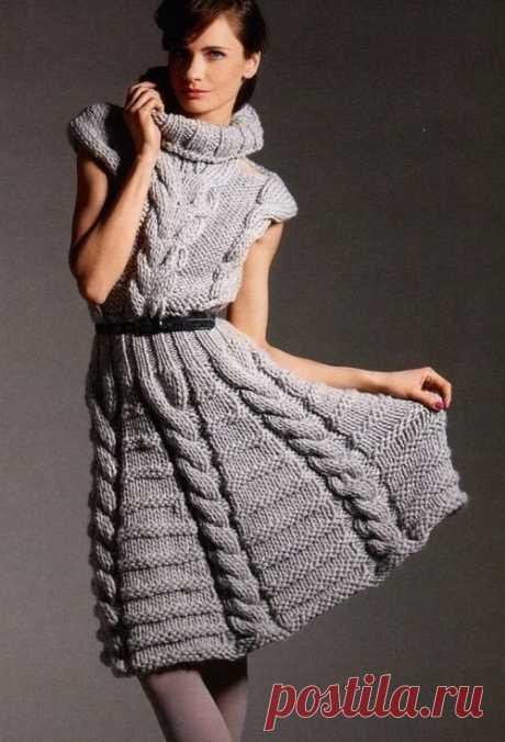Теплые платья на осень: модная вязь.               К осени следует подготовиться тщательно. Чтобы с первыми холодными днями не слишком сильно скучать о прошедшем лете, обзаводитесь модными трикотажными платьями.Их можно поискать среди но…