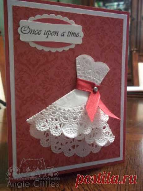 Цветы поздравлению, открытка платье из ажурных салфеток