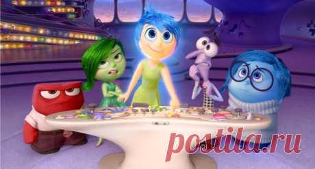 ¡La película, solamente mult! :) Ve por más de ojos adultos.