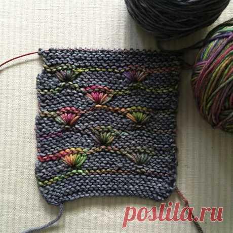 Интересная техника вязания из меланжевой пряжи от Melanie Berg