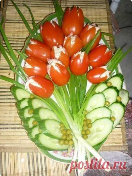 """Идея для салата """"Тюльпаны"""""""