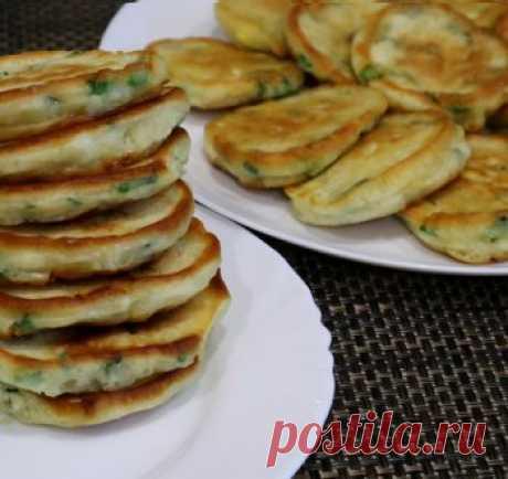 Оладьи с зеленым луком и яйцом / Видео-рецепты / TVCook: пошаговые рецепты с фото