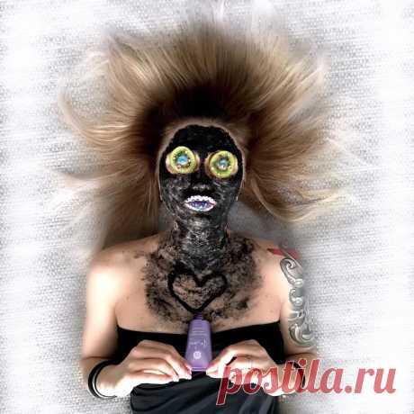 Угольная маска Be Loved  Активная маска BeLoved на основе мощного природного адсорбента глубоко очищает и устраняет несовершенства кожи – жирность, черные точки и воспаления.  Каталог NL International: https://www.nlstar.com/ref/ZyStdK/  #маска #маскадлялица #очищение #угольнаямаска #косметика #beloved #nlstore #nl