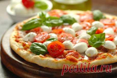 Пицца капрезе с помидорами и базиликом | Любимые рецепты