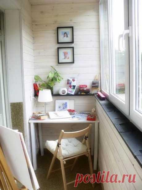 Идеи, как преобразить застеклённый балкон