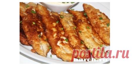 Snack mackerel in batter.