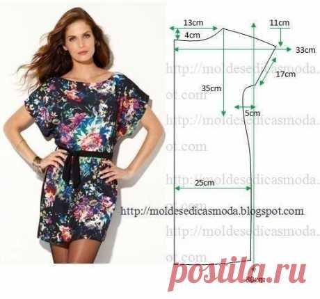 Цельнокроеное платье с коротким рукавом. Выкройка