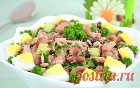 Салат с консервированным тунцом и фасолью — Sloosh – кулинарные рецепты