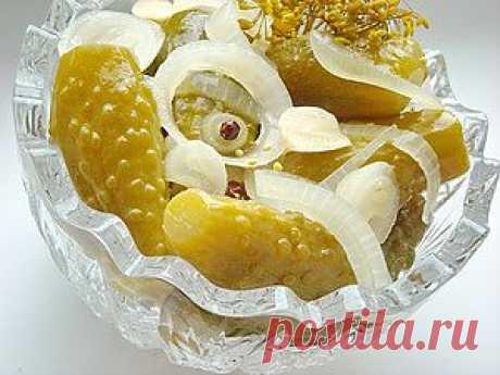Огурцы с лимонной кислотой по-болгарски.