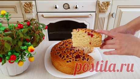 Этот замечательный пирог надeжно приживeтся на вашей кухне! Ни с одним манником он несравним!