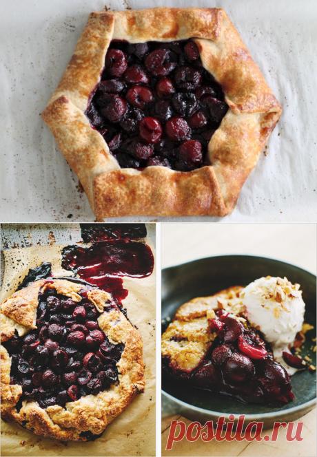 Ароматный пирог с вишней и миндалём