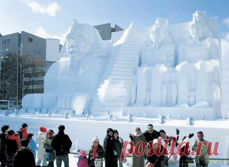Las esculturas del festival de nieve en Japón