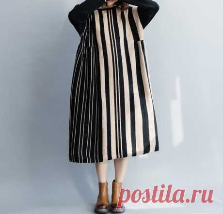 Women Knitted dress,  loose fitting Doll dress, Round collar long sleeve dress, Winter bottoming sweater dress 【Fabric】 Cotton 【Color】  black 【Size】 Shoulder width 54cm / 21 Bust 112cm/ 44 Sleeve length 45cm / 18 Length 103cm/ 40  Have any questions please contact me and I will be happy to help you.