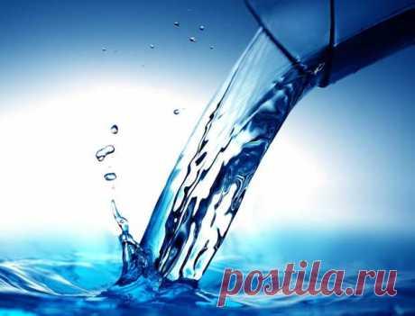 Когда и где набирать воду на Крещение 2021: свойства святой воды. Праздник Крещения длится неделю с 19 по 27 января. В эти дни... Читай дальше на сайте. Жми подробнее ➡