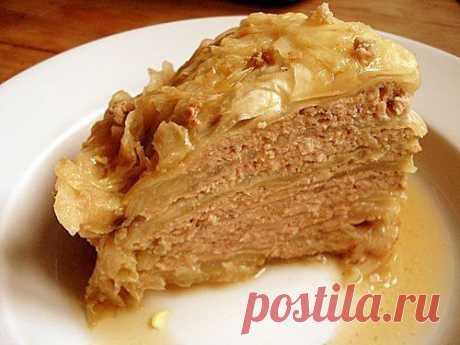 Капустный пирог с мясной начинкой..