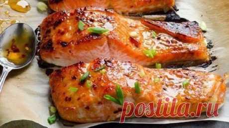 Запеченная рыбка в фольге - прекрасный выбор для романтического ужина! Вкусно и полезно!