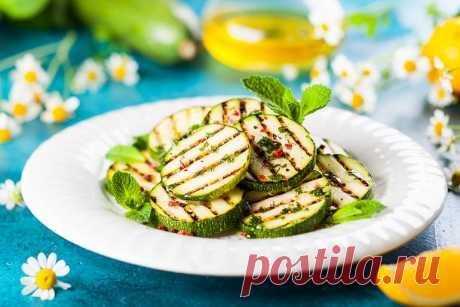 Кабачки на гриле в оливковом масле с мятой | Vegetarian.ru