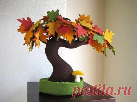 Деревья из фетра — красивые идеи для творчества.