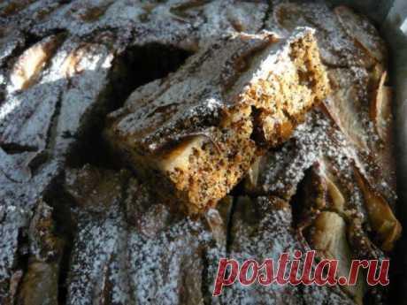 Пирог к празднику Преображения, виноградно - маковый с яблоками