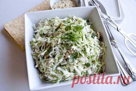 Салат для сушки тела  На 100 гр - 75 ккал  белки - 7,1  жиры - 3,2  углеводы - 1,46    Ингредиенты:   пекинская капуста 250гр,  стебель сельдерея 100гр,  сыр 20% 40гр,  масло оливковое 4гр (1 ч.л.),  куриная грудка 200гр,  яйцо варенное в крутую -1шт  зеленый лук 5гр, укроп 2гр, петрушка 2гр   Приготовление:   Измельчите все ингредиенты и заправьте маслом либо нежирным йогуртом со специями (соль+перец+сухие травы). Готово!   Приятного аппетита!