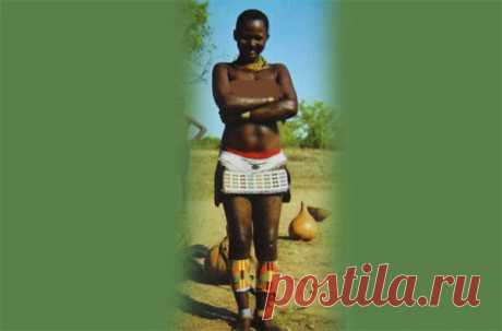 Необычный способ купания у женщин народа Вакамбу