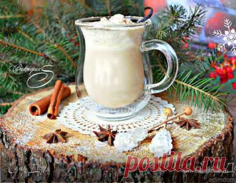 """Коктейль """"Эгг-ног"""". Ингредиенты: молоко, сливки 10-20%, ром Эгг-ног (egg-nog, в переводе — яичный коктейль) — традиционный рождественский (новогодний) напиток из яиц и молока. Родился эгг-ног в Шотландии, но очень быстро стал популярным и в других странах, особенно в Америке и Канаде. Эгг-ног очень напоминает наш гоголь-моголь, но отличается пряным ароматом и вкусом рома (коньяка, бренди, виски). Существует четыре основные разновидности коктейля Эгг-ног: - эгг-гог с алкого..."""