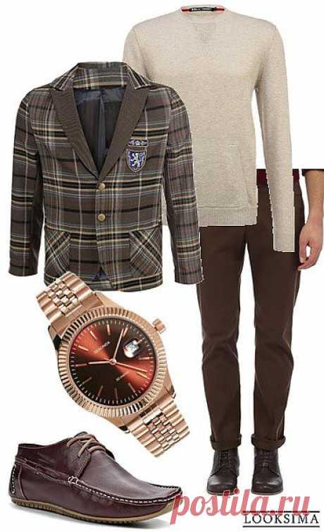 """Офисный look для дресс-кода """"smart casual"""": чиносы, тонкий бежевый джемпер, стильный пиджак в клетку, кожаные мокасины и часы с браслетом под розовое золото."""