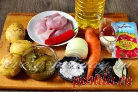 Азу со свининой и солеными огурцами